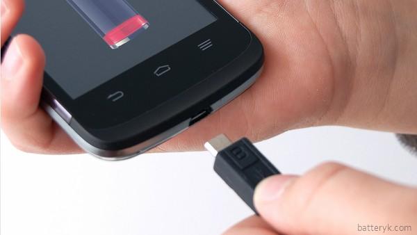 Литиевые аккумуляторы нужно заряжать оригинальными приспособлениями