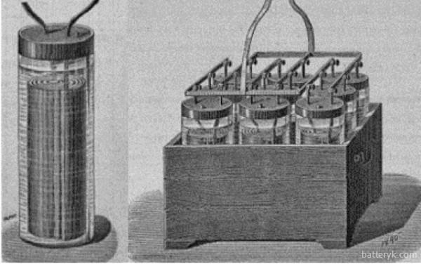 Первые аккумуляторы