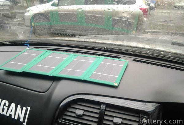 Солнечная панель в салоне машины