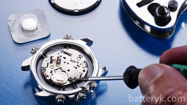 Замена батарейки в часах