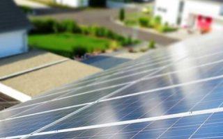 Миниатюра к статье Сколько служат солнечные батареи и как продлить этот срок
