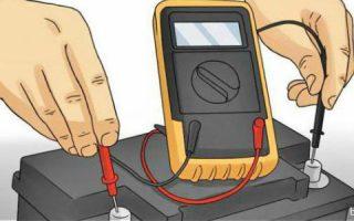 Миниатюра к статье Проверяем автомобильный аккумулятор мультиметром