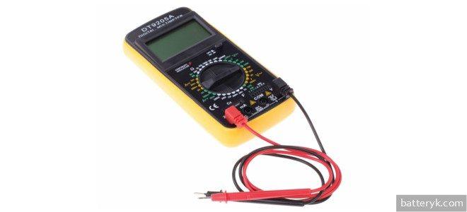 Миниатюра к статье Можно ли проверить емкость аккумулятора мультиметром и как это сделать?