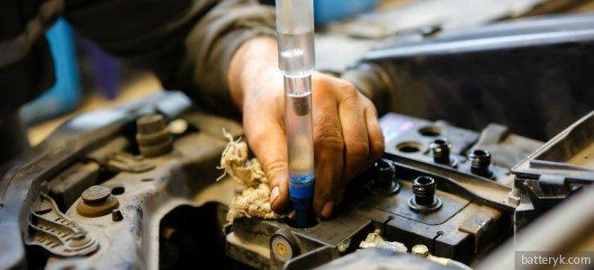 Миниатюра к статье Какая кислота в аккумуляторе автомобиля применяется в качестве электролита?