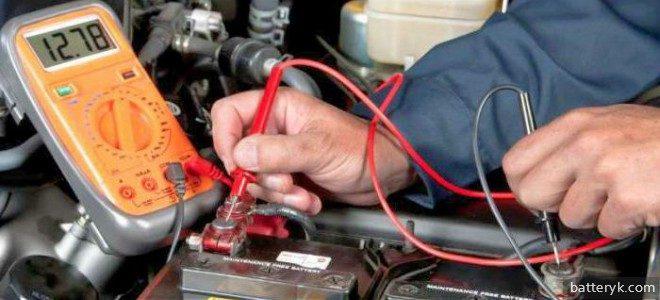 Миниатюра к статье Каково напряжение заряженного автомобильного аккумулятора и от чего зависит этот показатель
