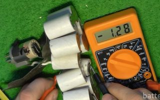 Миниатюра к статье Проверяем аккумулятор шуруповерта мультиметром