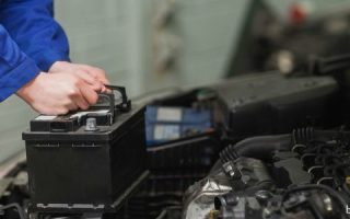Миниатюра к статье Как самостоятельно починить автомобильный аккумулятор